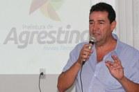 Marciano Lopes solicita criação de área de lazer e esporte